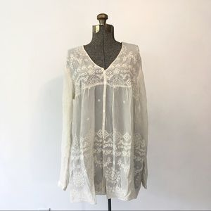 GORGEOUS Sheer Johnny Was Embroidered Ivory Top